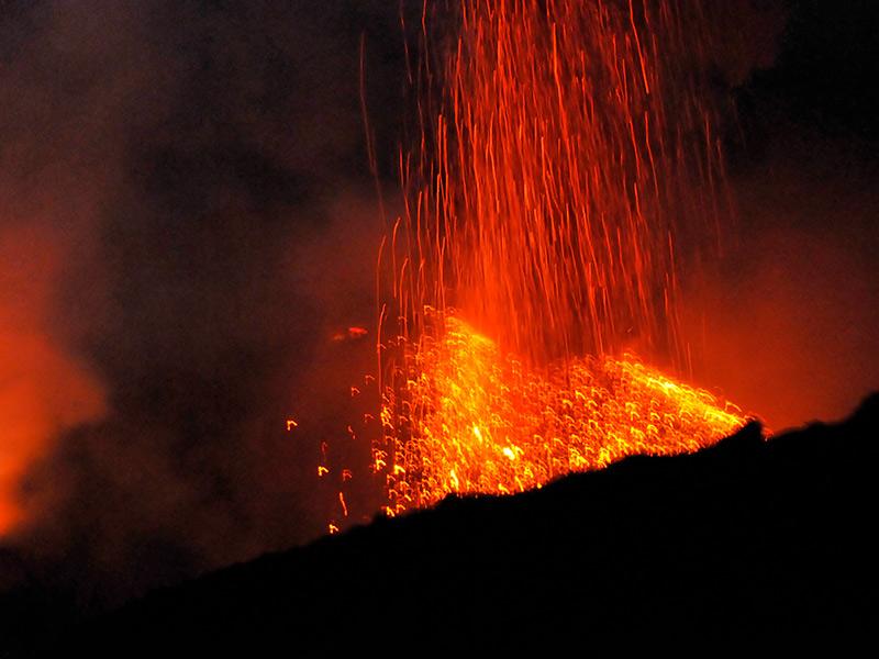 Lava-auf-Stromboli